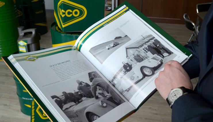 Книга Yacco